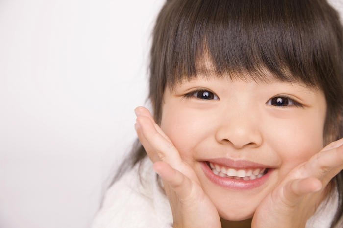 たろう歯科医院では歯を抜かずに矯正する床矯正を行います
